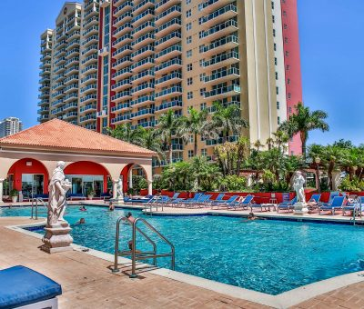 La CASSA by Globe Quarters -Miami Vacation Apartments at its best