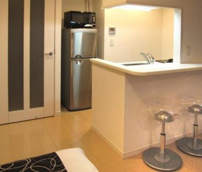 Tokyo Apartments Roppongi by Globe Quarters 37d5a